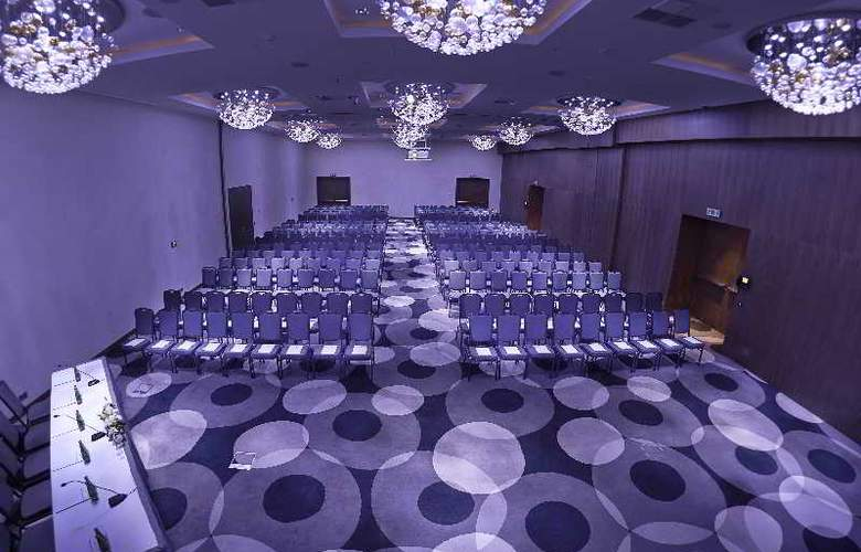 Double Tree by Hilton Lodz - Conference - 3