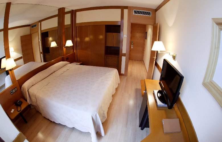 Los Arcos - Room - 3