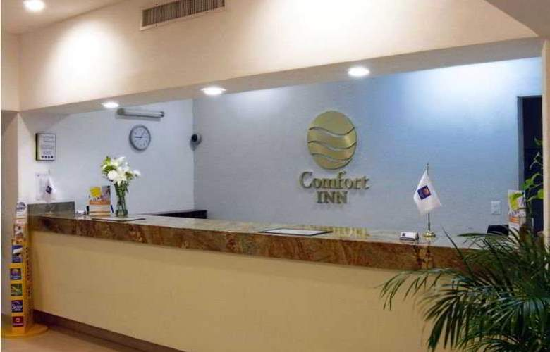 Comfort  Inn Puerto Vallarta - General - 1