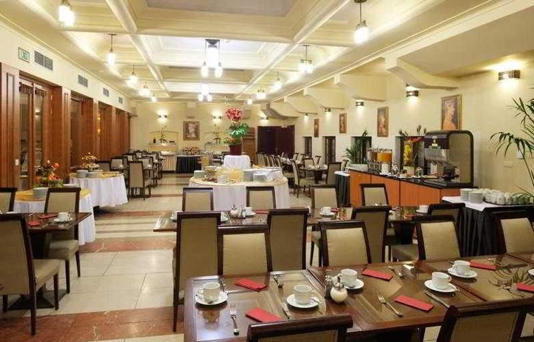 Majestic Plaza Prague - Restaurant - 10