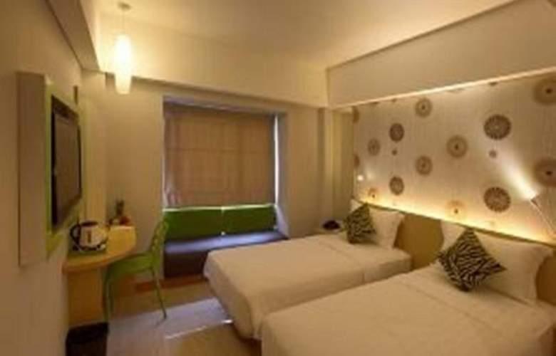 7 Days Premium Kuta - Room - 11