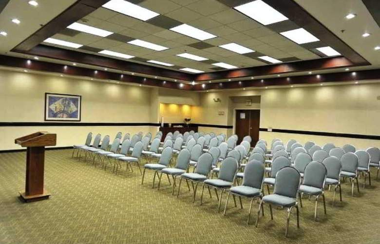 Hampton Inn & Suites Monterrey Norte - Conference - 28