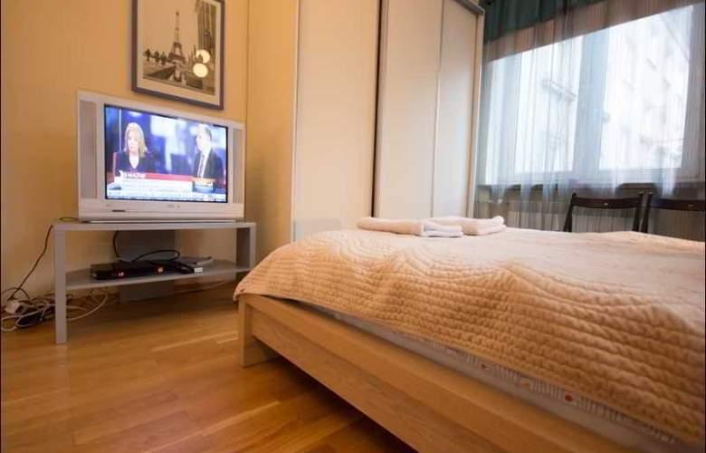 P&O Apartments Elektoralna - Room - 10