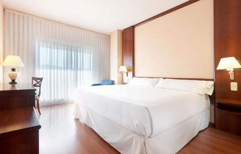 Tryp Guadalajara - Room - 2