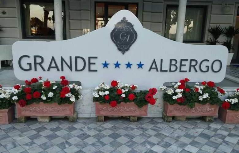 Grande Albergo - Hotel - 0