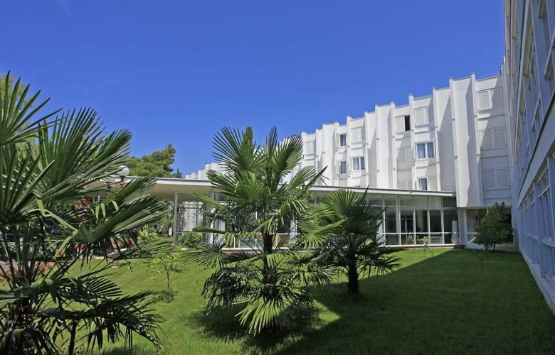 Solaris Beach Jakov - Hotel - 3