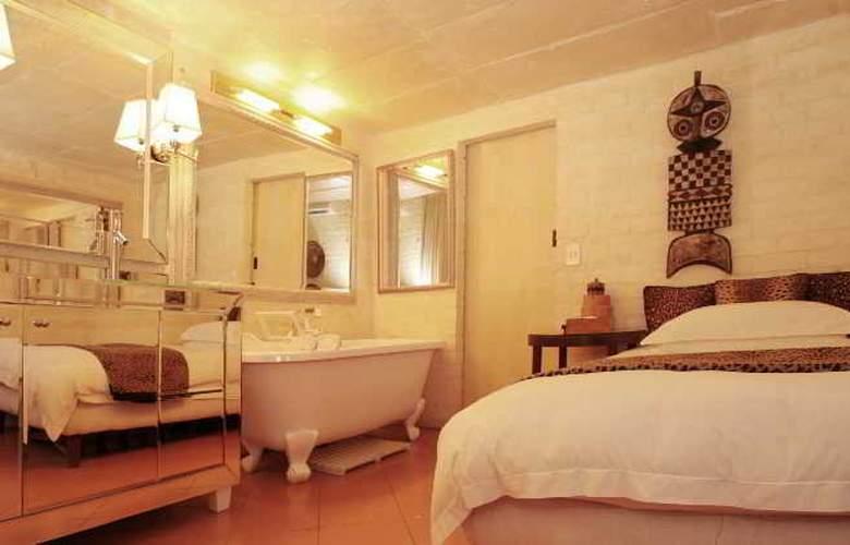 Colona Castle - Room - 1