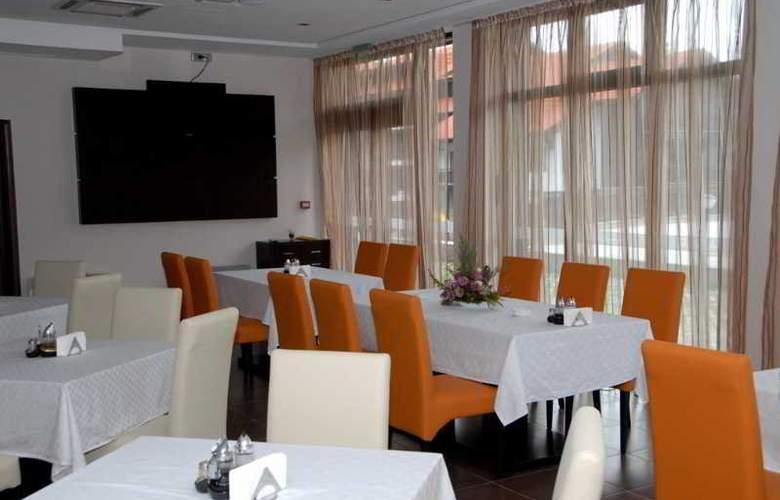 Balkan Jewel - Restaurant - 4