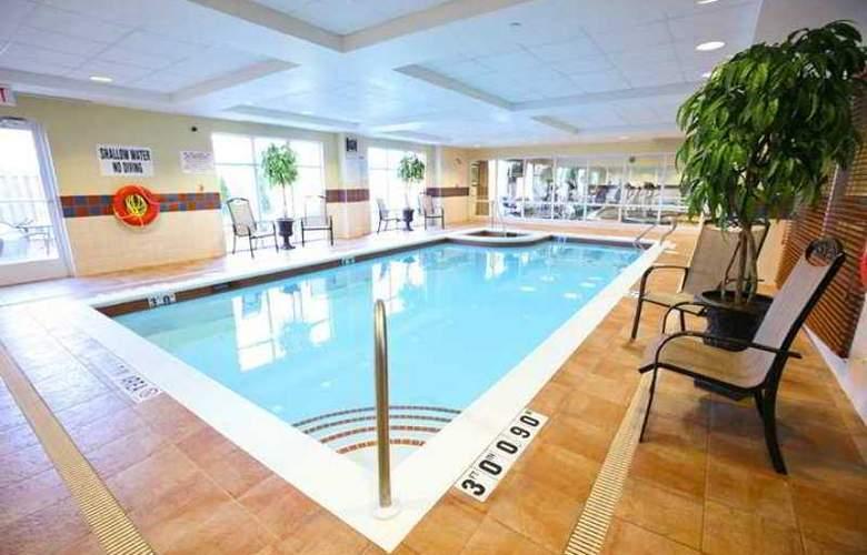 Hampton Inn & Suites by Hilton Kitchener - Hotel - 9