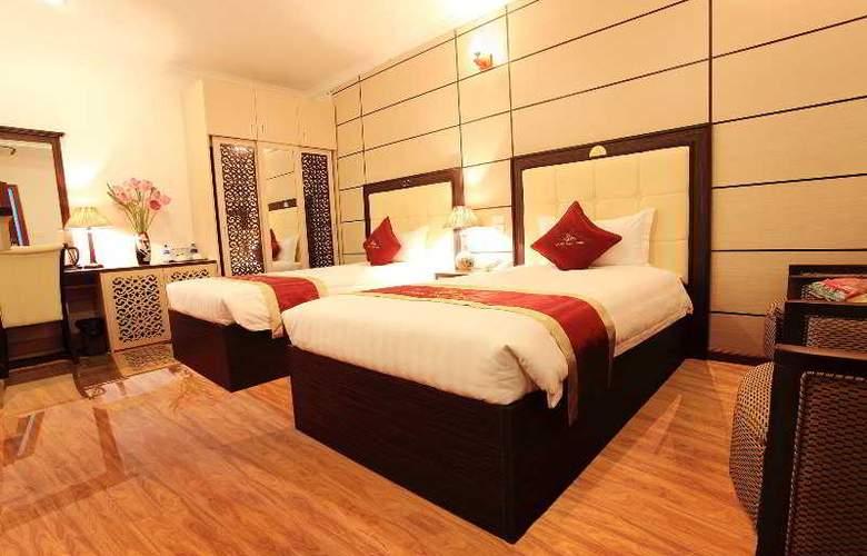 Golden Cyclo Hotel - Room - 11