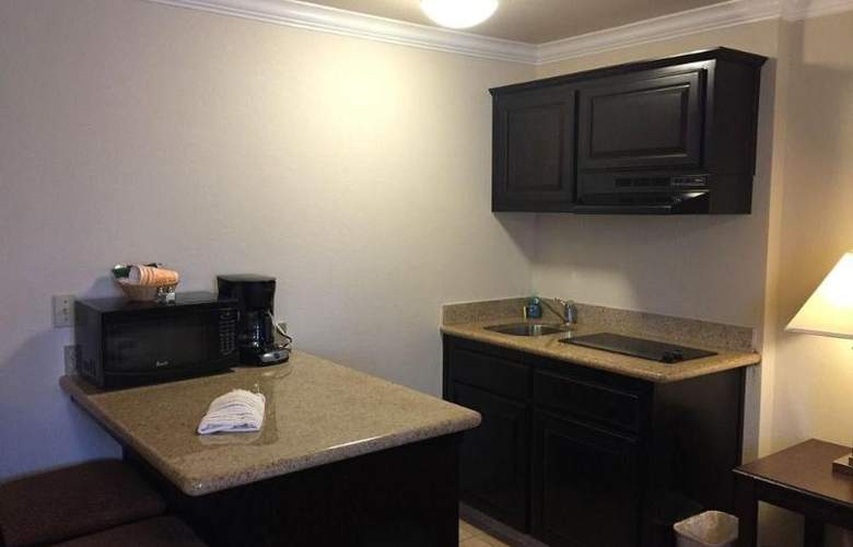 SureStay Plus by Best Western Lompoc - Room - 13