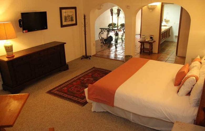 Mision Guanajuato - Room - 4