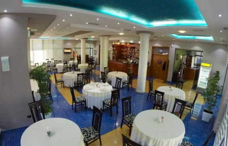 Bella Vista - Restaurant - 9