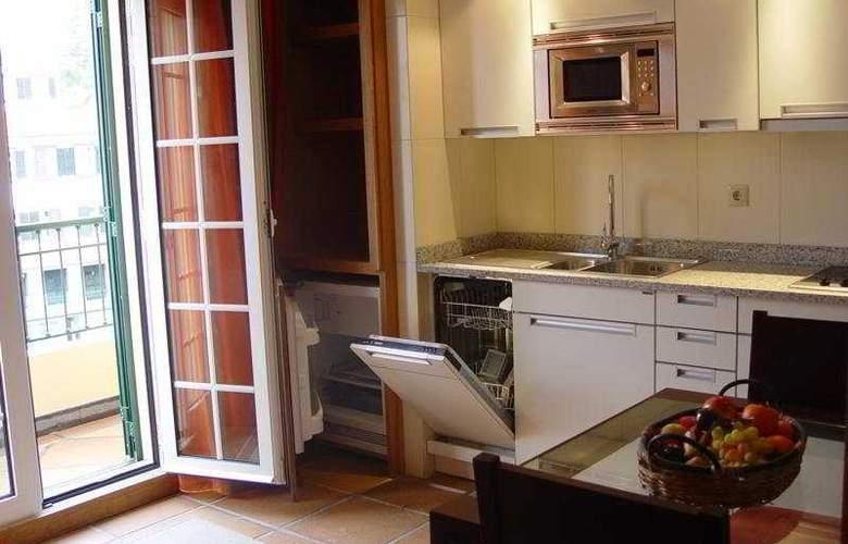 Apartamentos turisticos Atlantida - Room - 6