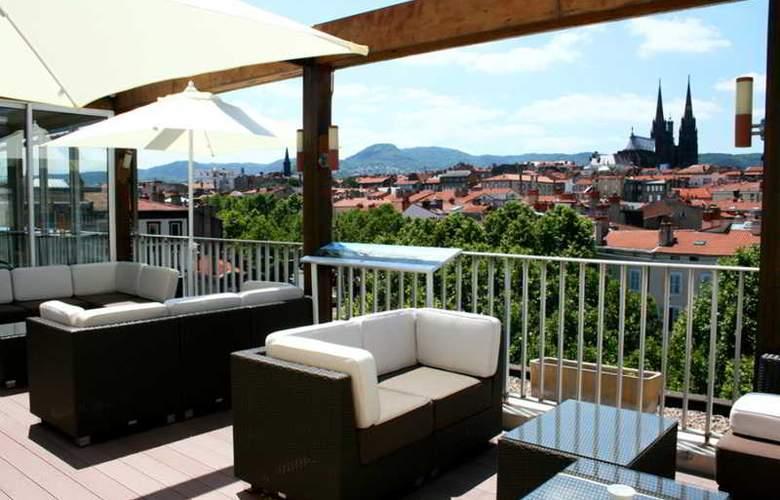 Inter Hotel Des Puys - Terrace - 20