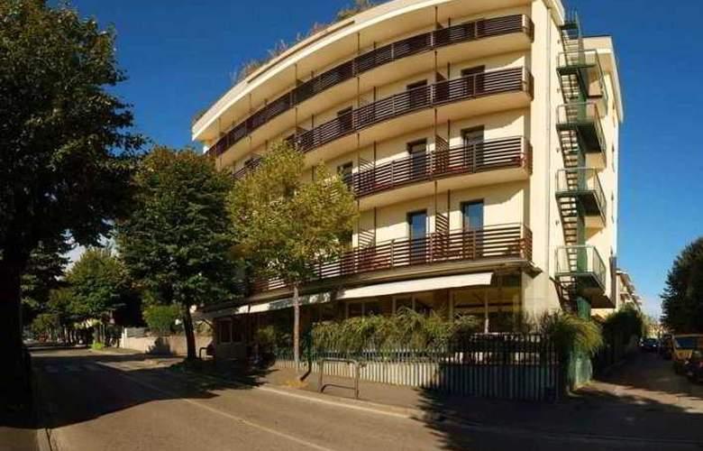 Bonotto Hotel Desenzano - Hotel - 0