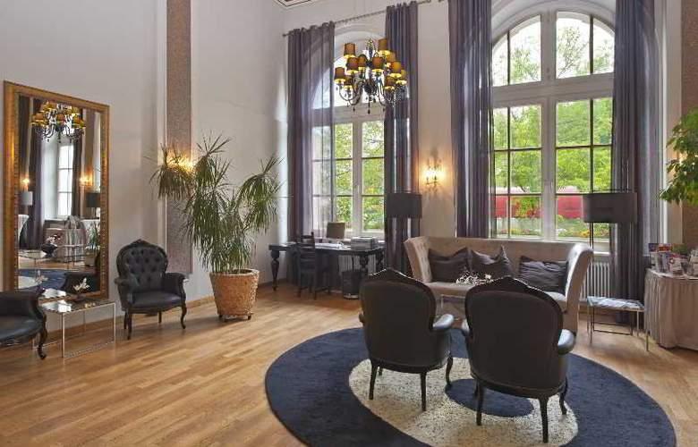 Eurostars Park Hotel Maximilian - General - 12