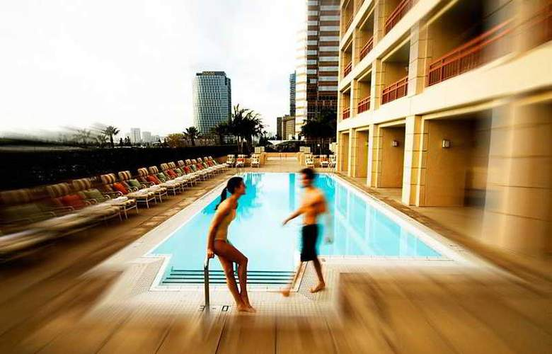 InterContinental Century City at Beverly Hills - Pool - 6