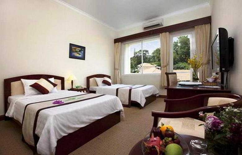Victory Hotel - Room - 1