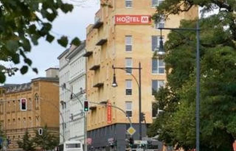 Meininger Hotel Berlin Prenzlauer Berg - Hotel - 0