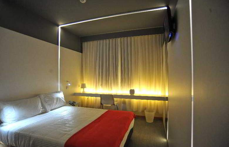 Basic Hotel Braga by Axis - Room - 5
