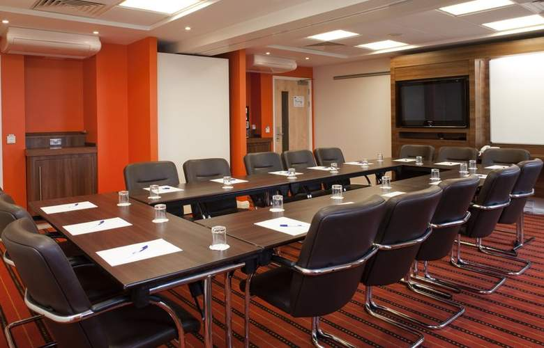 Holiday Inn Express Slough - Conference - 2
