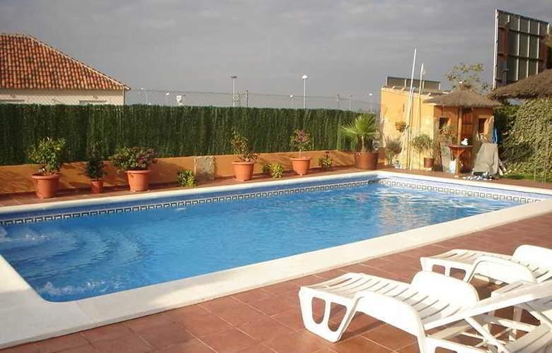 Cruz de Gracia - Pool - 7