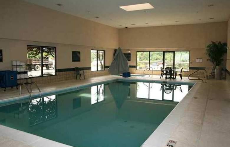 Hampton Inn Hillsville - Hotel - 2