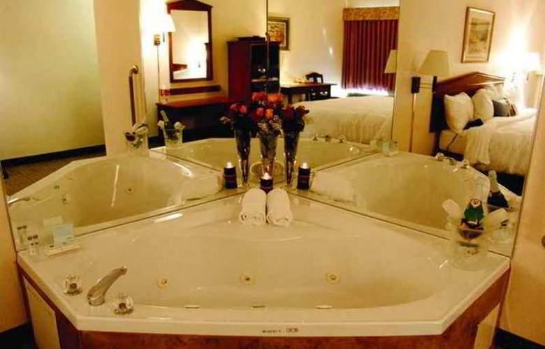 Hampton Inn by Hilton Toronto Mississauga - Hotel - 10