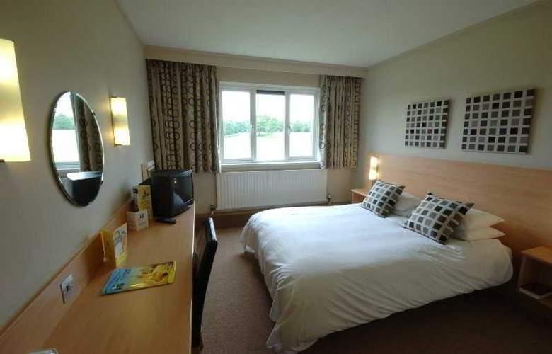 Days Inn Milton Keynes - Room - 0