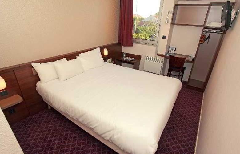 Brit Hotel Esplanade - Hotel - 0
