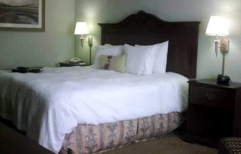 Hampton Inn Fort Stockton - Hotel - 9