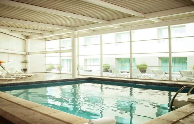 Fiesta Inn Periferico Sur - Pool - 20