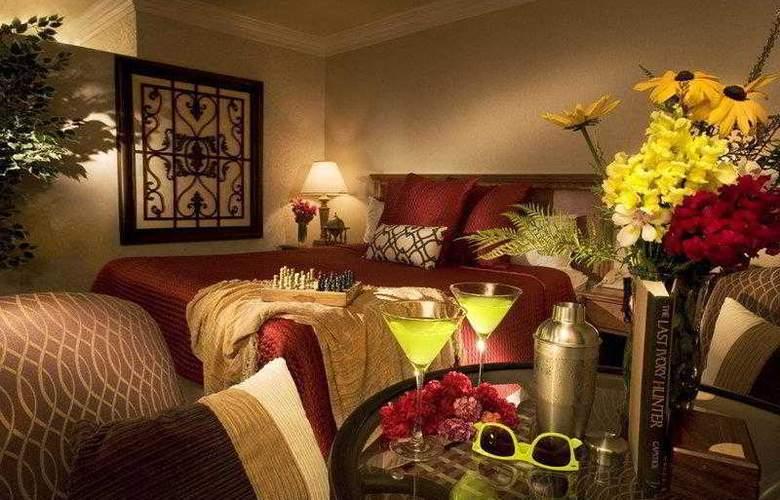 Best Western Plus Garden Inn - Hotel - 8