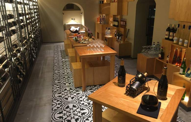 Portugal Boutique - Bar - 2