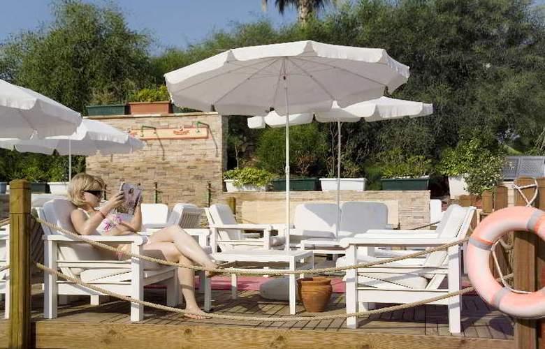 Club Hotel Sera - Beach - 22