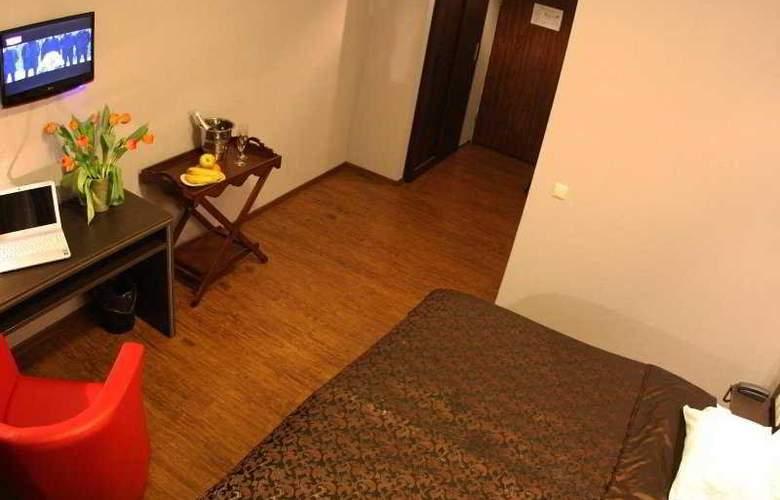 Primo Hotel - Room - 4