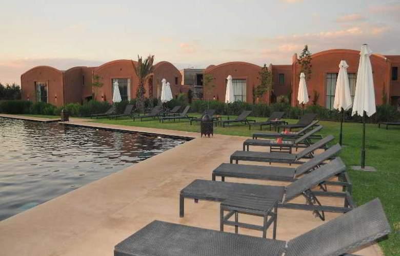 Adama Resort - Terrace - 11