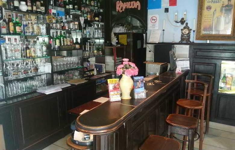 Attila Hotel - Bar - 2