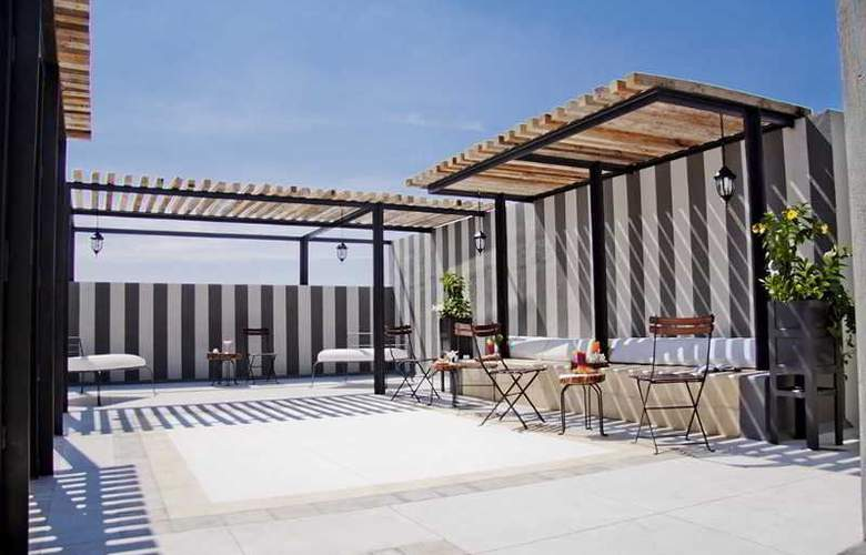 Flor de Mayo Hotel, Restaurant & SPA - Terrace - 4