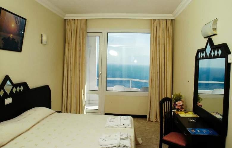 Adonis Hotel - Room - 18