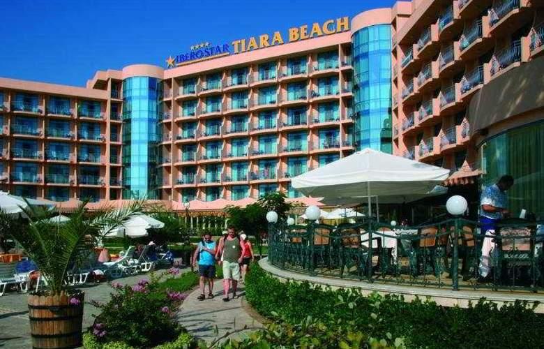 Tiara Beach - Hotel - 0