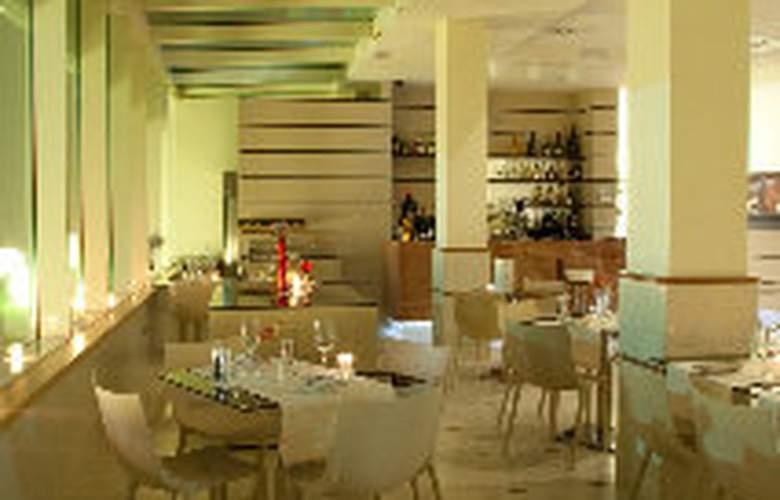 Breaking Business Hotel - Restaurant - 9