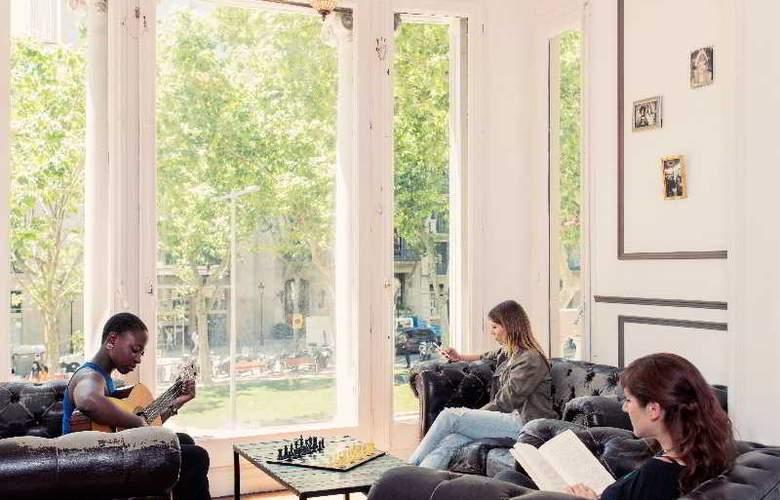 Casa Gracia Barcelona Hostel - Sport - 50