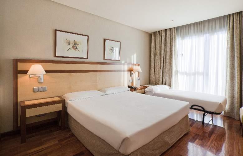 Ilunion Alcala Norte - Room - 13