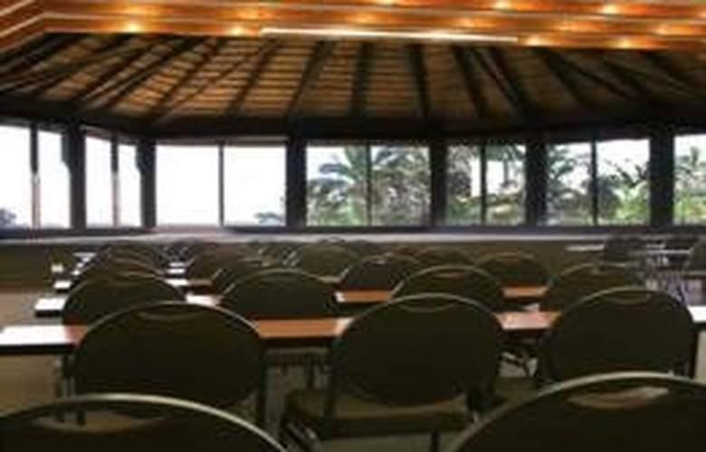 Life Phefumula Beach - Conference - 8