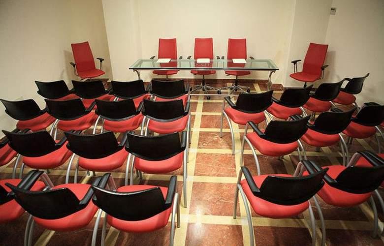 Vecchio Borgo - Conference - 3