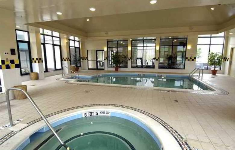 Hilton Garden Inn Poughkeepsie/Fishkill - Hotel - 8