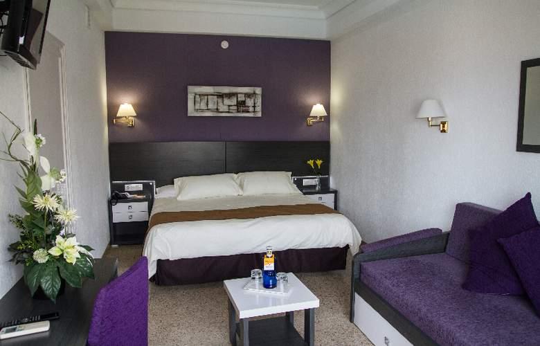Gran Hotel Delfin - Room - 11
