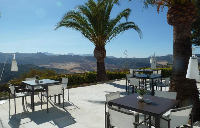 Catalonia Reina Victoria Wellness & Spa - Terrace - 11